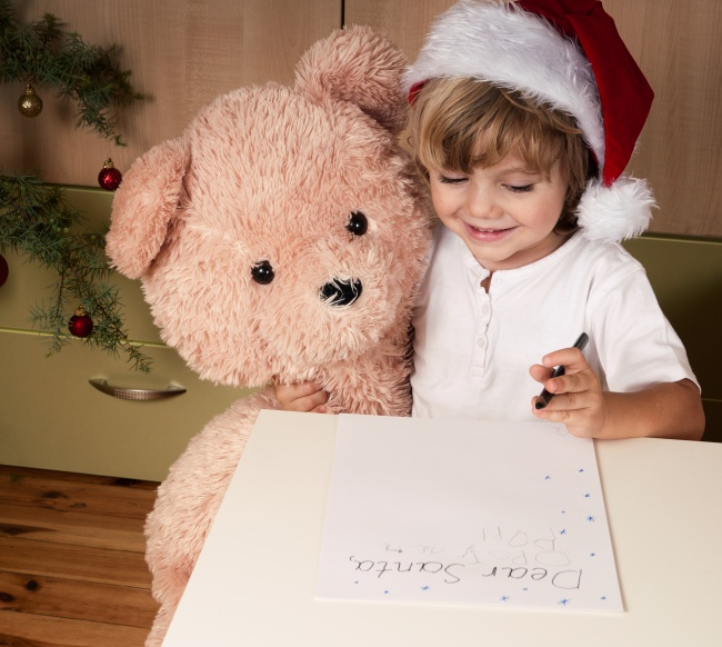 Cute children's Christmas pictures