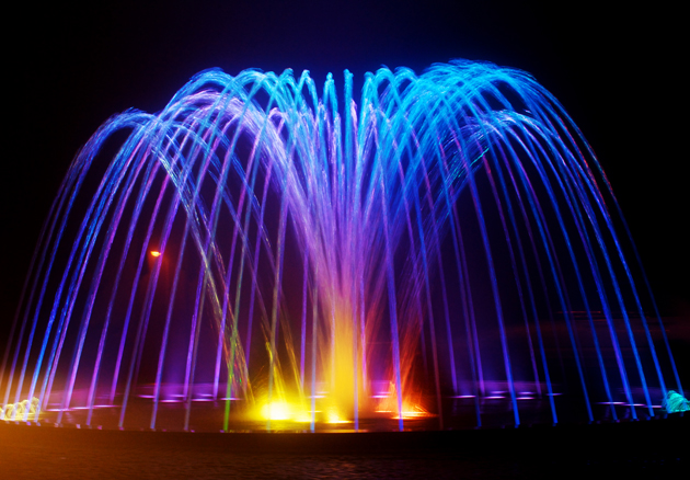HD color fountain picture download