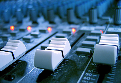 Recording console-quality picture material