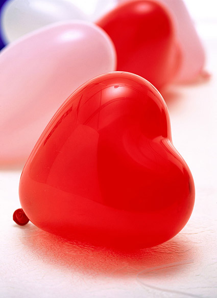 Red heart-shaped balloons picture material