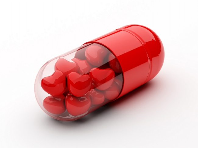 Red heart-shaped capsule picture material