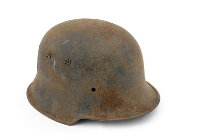 Soldier's helmet picture material-1