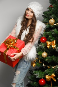 Beauty and Christmas present pictures