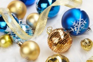 HD Christmas decoration balls picture download