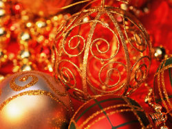 Red Golden Christmas balls high definition pictures 3