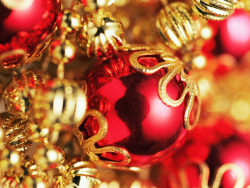 Red Golden Christmas balls pictures HD 1