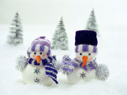 Three snow snowman pictures