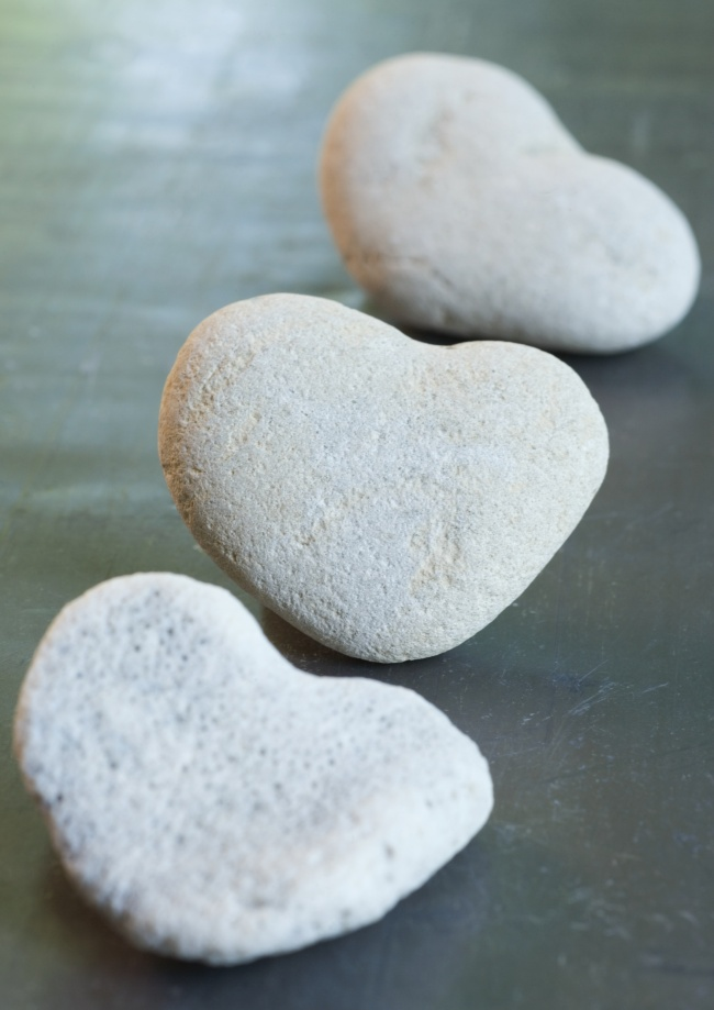 Heart-shaped stone HD picture download