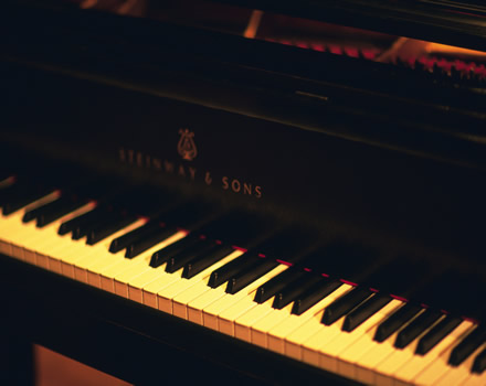 Piano close-up pictures