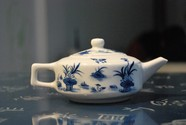 HD porcelain teapot picture download