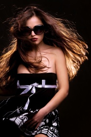Picture with sunglasses dew shoulder long hair beauties